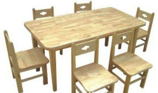 Nursery_School_Furniture_Wooden_Desk_and_Chair[1]
