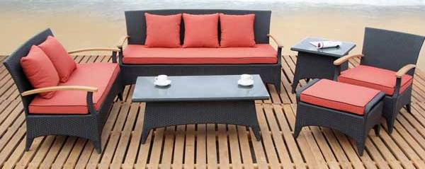Outdoor-Set-New-Lounge-Chair-Furniture-Design-With-Unique-Style-and-Modern-2011[1]